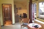 Wohnraum mit Bad der Ferienwohnung für den Familienurlaub in der Lüneburger Heide für 2 Personen