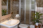 Badezimmer in der Ferienwohnung 4 Personen für den Familienurlaub im Ferienclub Lüneburger Heide