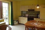 Wohn- und Kochbereich der Ferienwohnungen für den Familienurlaub im Ferienclub Lüneburger Heide für 2 - 4 Personen