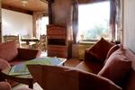 Wohnzimmer des rustikalen Ferienhauses für den Familienurlaub in der Lüneburger Heide